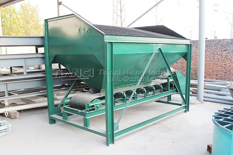 Loader Feeding Hopper